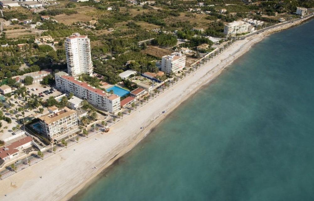 costa blanca alfas del pi playa de arena