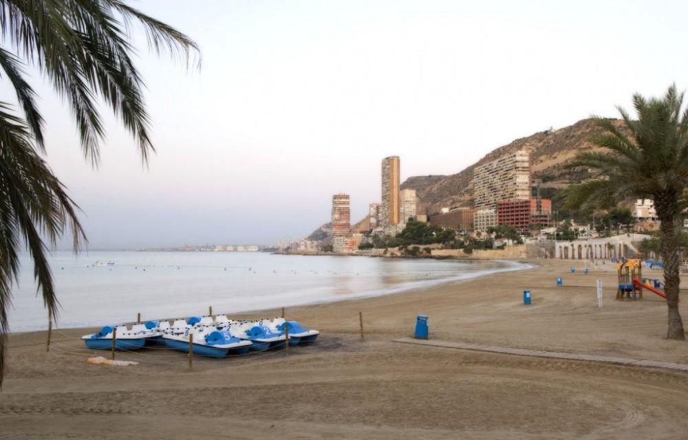 costa blanca alicante playa albufereta