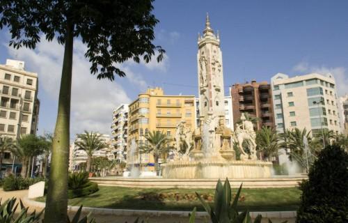 COSTA BLANCA ALICANTE Plaza de los Luceros