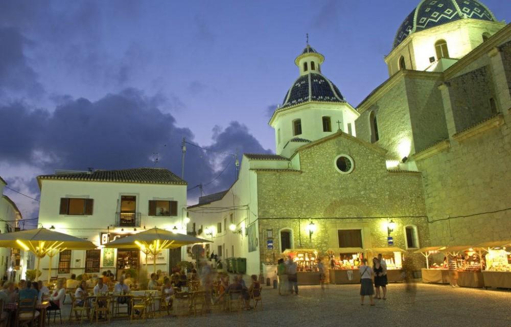costa blanca altea noche plaza de la iglesia