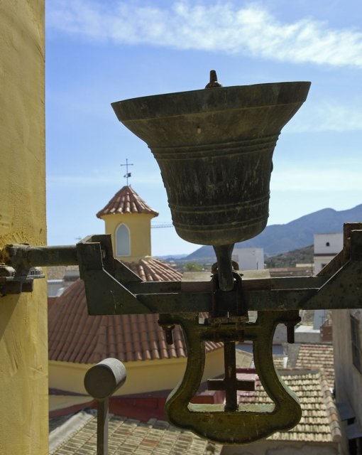 costa blanca benferri campana de iglesia