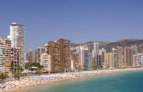 costa blanca benidorm viviendas y playa