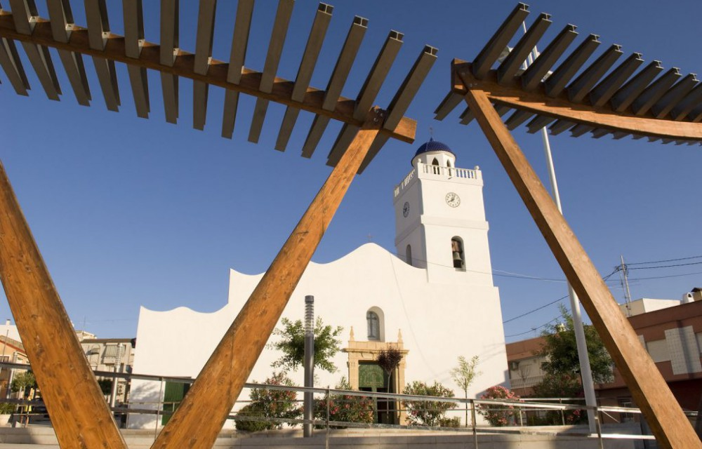 costa blanca benijofar plaza moderna de la iglesia