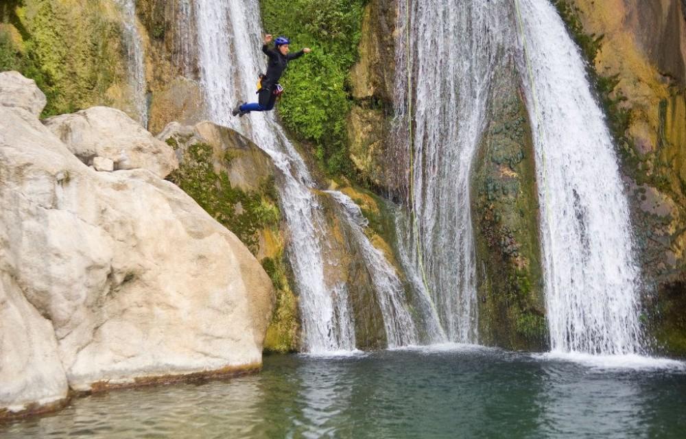 costa blanca bolulla espectacular salto en cascada