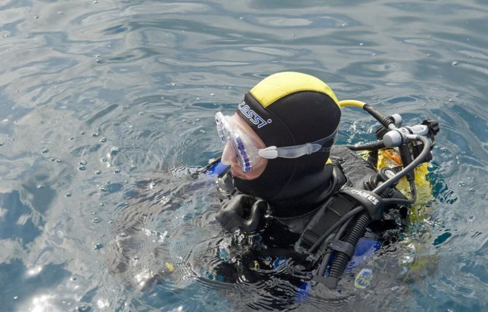 costa blanca buceo profesional en el agua