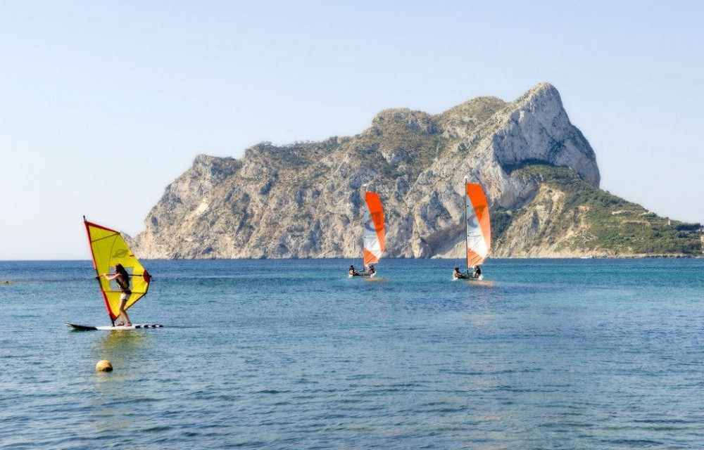 costa blanca cala les basettes deportes nauticos
