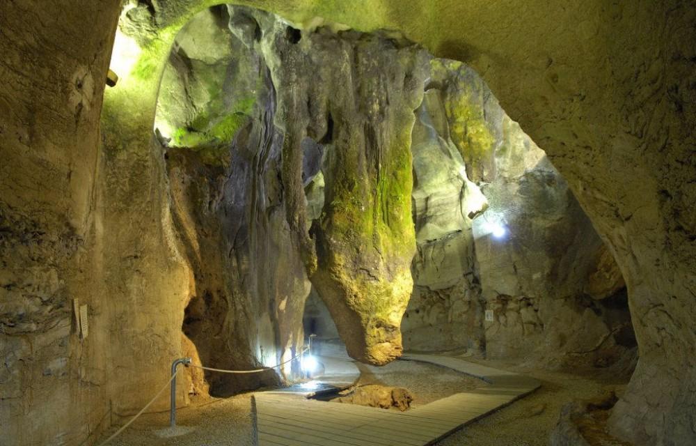 costa blanca calaveras impresionante cueva