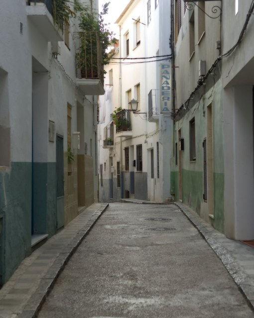 costa blanca callosa den sarria tipica calle
