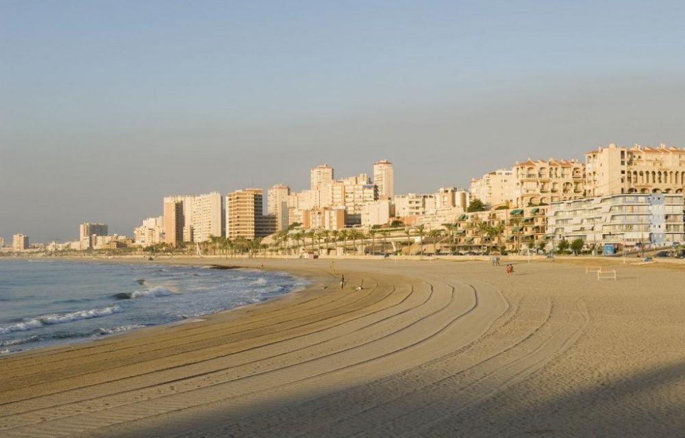 costa blanca campello arena de la playa alisada atardecer
