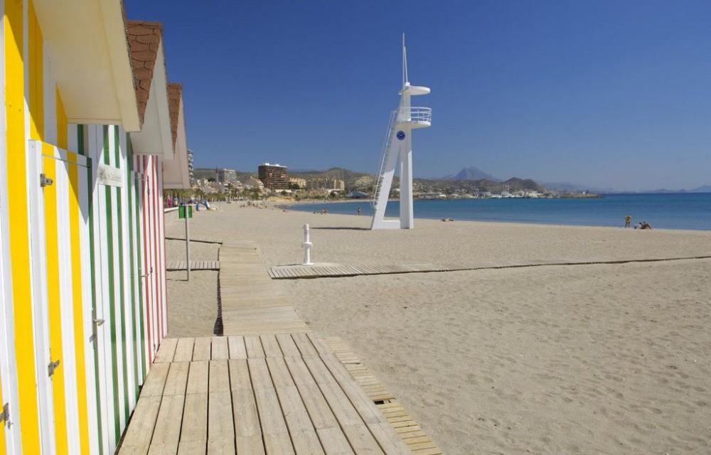 costa blanca campello casas de colores en la playa
