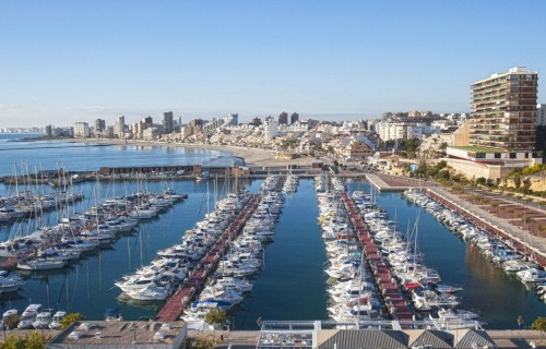 COSTA BLANCA EL CAMPELLO puerto nautico del pueblo