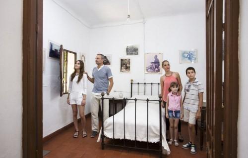COSTA BLANCA MUSEO MIGUEL HERNANDEZ casa antigua de orihuela dormitorio