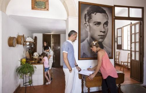 COSTA BLANCA MUSEO MIGUEL HERNANDEZ casa antigua de orihuela familiar