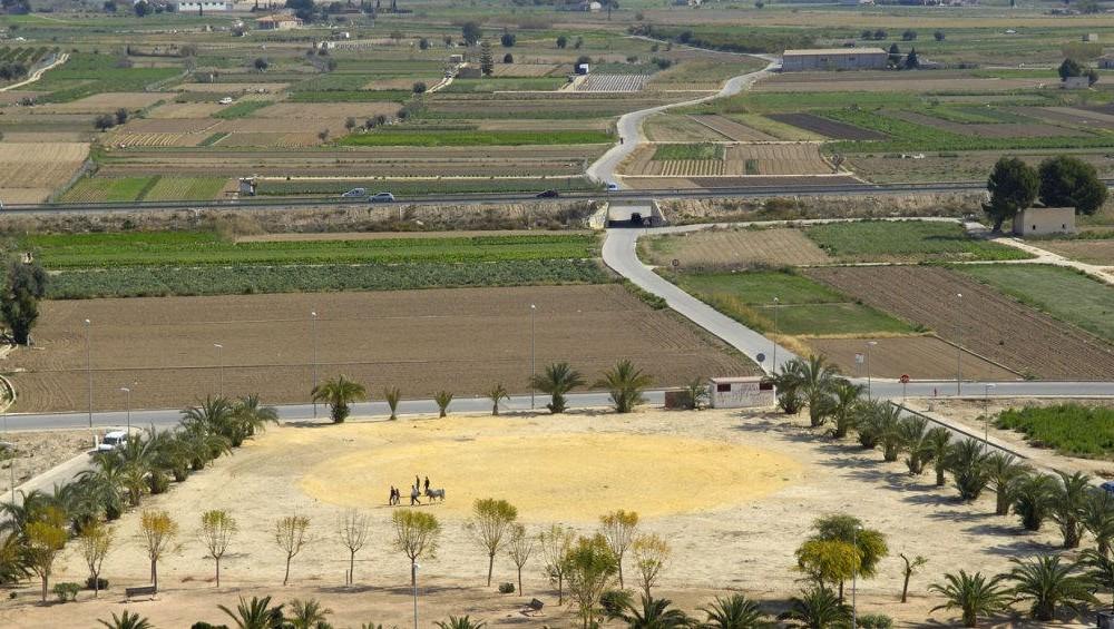 costa blanca cox panoramica de tierras y cultivos