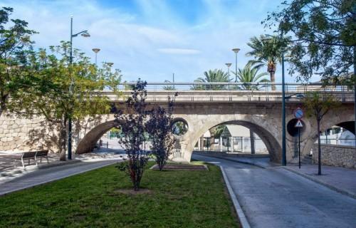 COSTA BLANCA CREVILLENTE puente bonito del pueblo