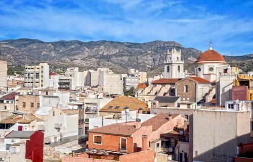 COSTA BLANCA CREVILLENTE ciudad en pies de la montaña