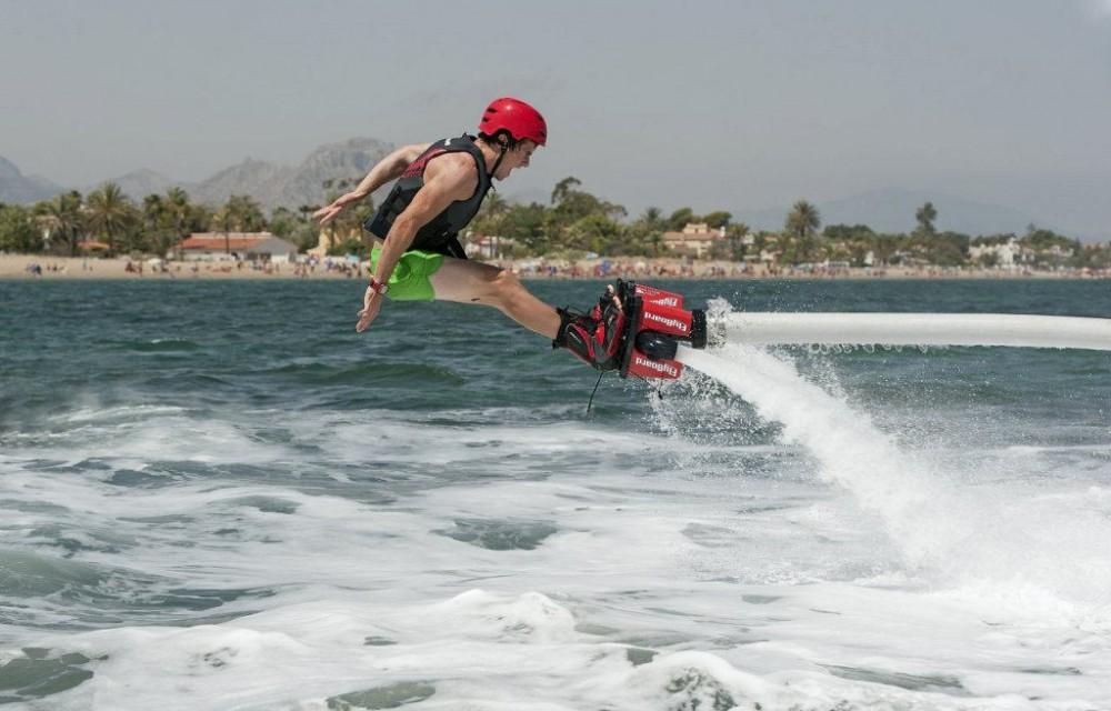 costa blanca denia artista del flyboard