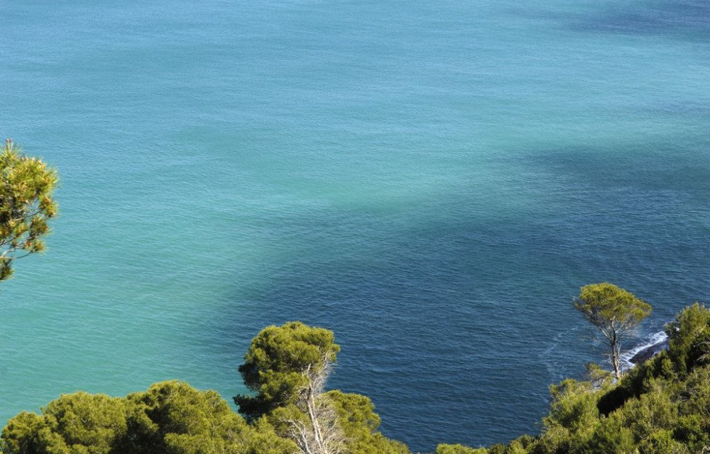 costa blanca denia increibles aguas turquesas de les rotes