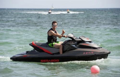 COSTA BLANCA DÉNIA moto de agua sobre el mar