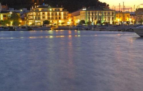 COSTA BLANCA DÉNIA Vista del puerto y el Castillo