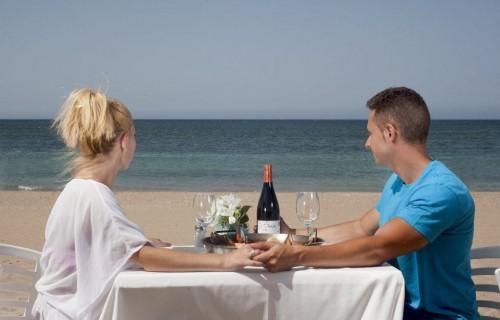 COSTA BLANCA DENIA comida romantica en la playa