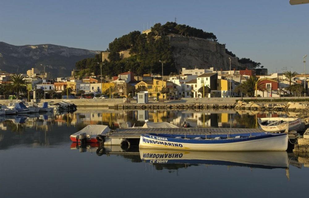 costa blanca denia zona pesquera del pueblo