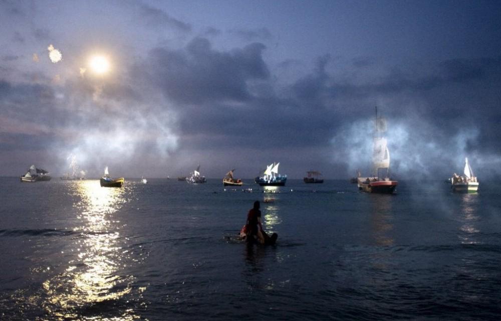 costa blanca desembarco la vila espectaculo nocturno nautico