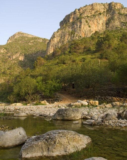 costa blanca gallinera bonito rio y montana