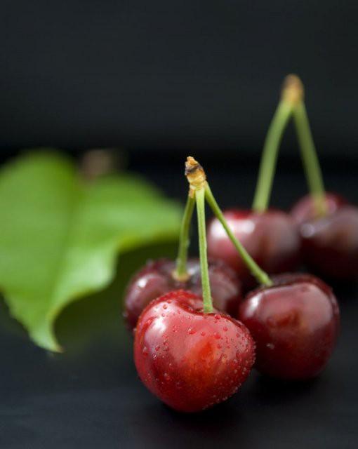 costa blanca gastronomia cerezas rojo pasion