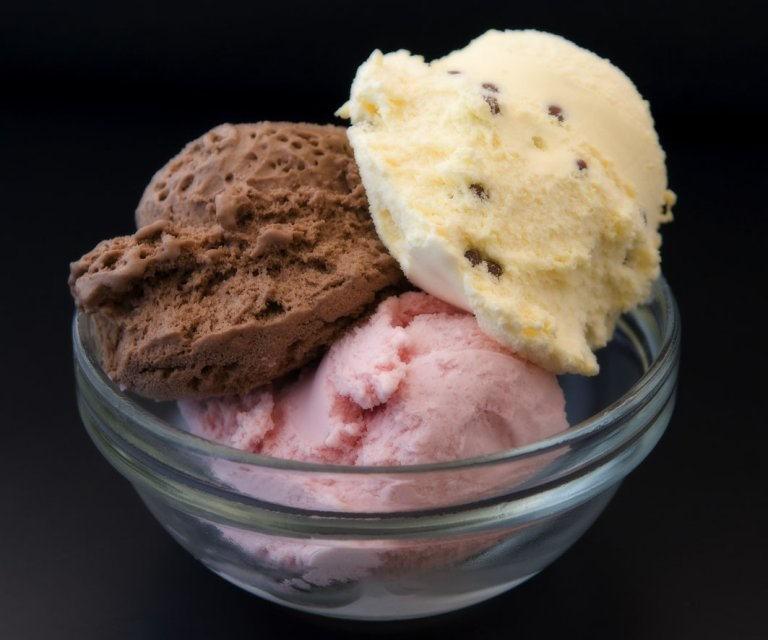 costa blanca gastronomia tres ricas bolas de helado