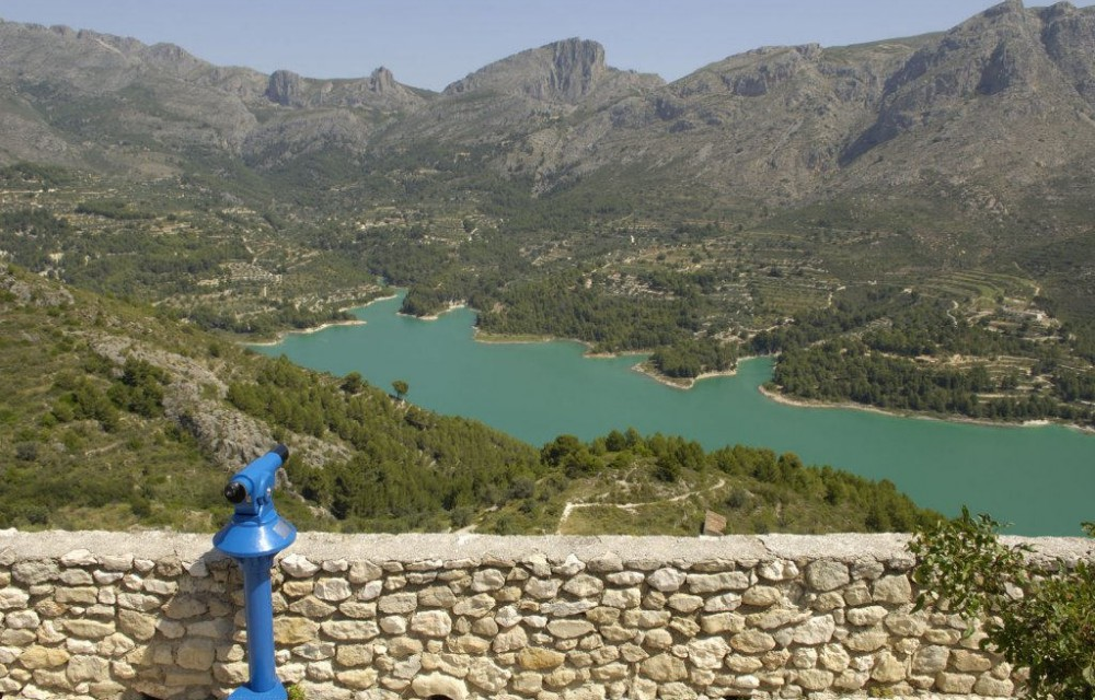 costa blanca guadalest panoramica del embalse