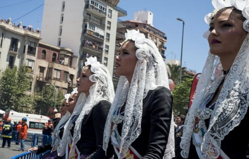 COSTA BLANCA ALICANTE HOGUERAS DE SAN JUAN belleas en la mascleta