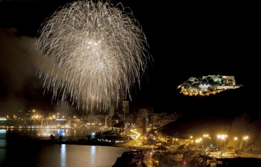 costa blanca hogueras san juan alicante fuegos nocturnos increibles