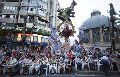 COSTA BLANCA ALICANTE HOGUERAS DE SAN JUAN gradas del desfile