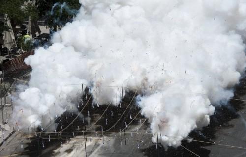COSTA BLANCA ALICANTE HOGUERAS DE SAN JUAN humo de la mascleta