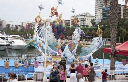COSTA BLANCA ALICANTE HOGUERAS DE SAN JUAN monumento en el puerto