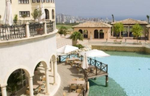 costa blanca hotel villa aitana benidorm terrazas con agua