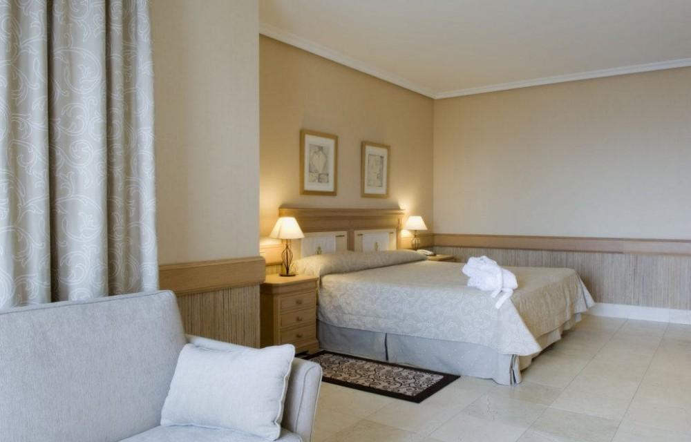 costa blanca hotel villagadea altea relajante dormitorio