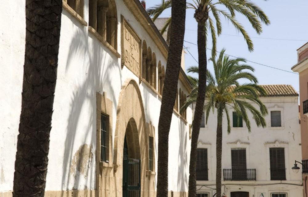 costa blanca javea fachada principal mercado de abastos