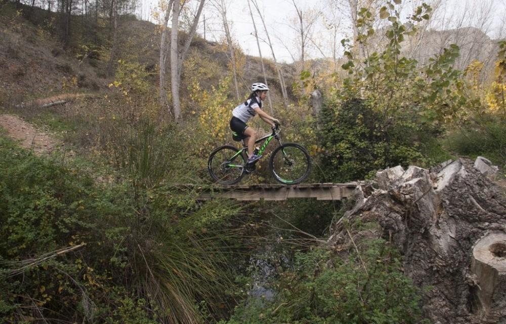 costa blanca jornadas nico terol aficionada ciclista puente madera