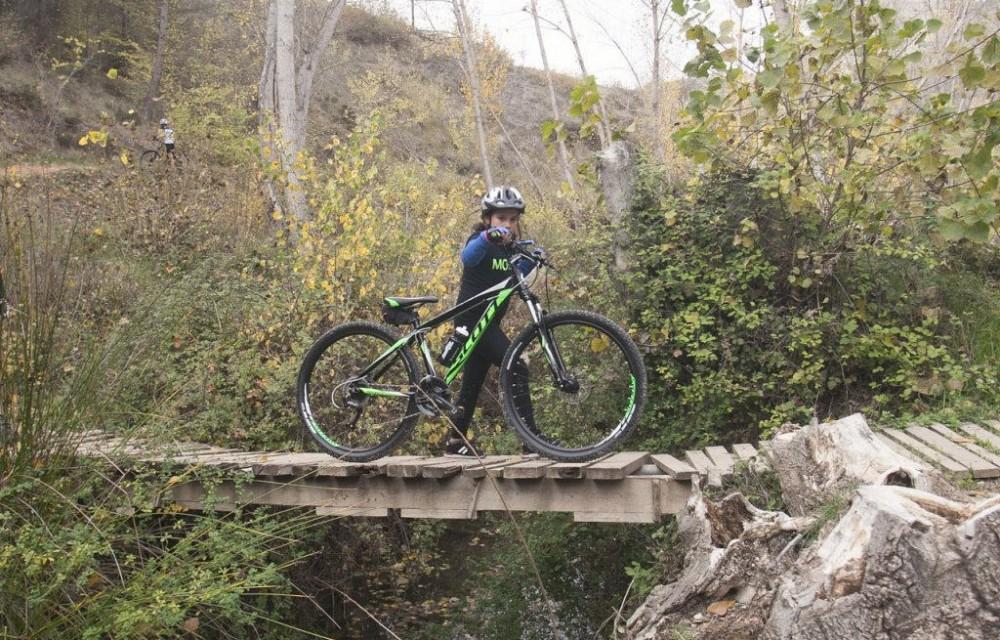 costa blanca jornadas nico terol ciclista puente de madera
