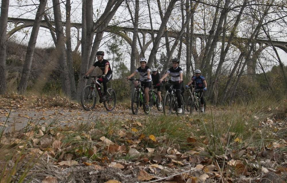 costa blanca jornadas nico terol ciclistas en el campo y sendero
