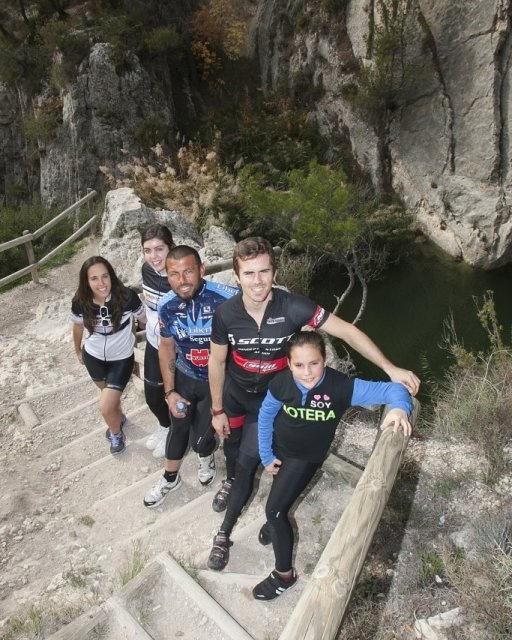 costa blanca jornadas nico terol con aficionados al ciclismo