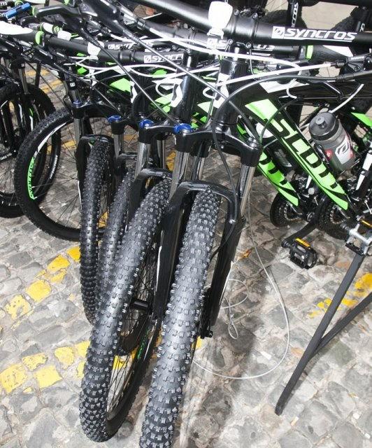 costa blanca jornadas nico terol conjunto de bicicletas