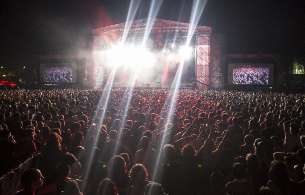 costa blanca low festival multitud en el concierto
