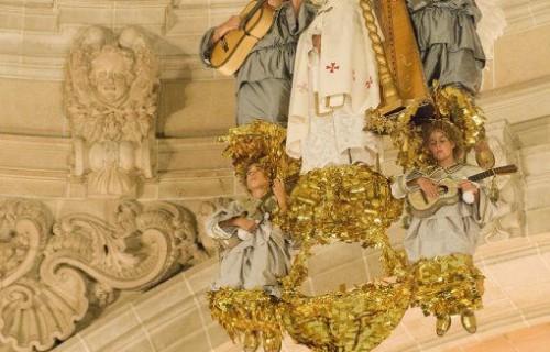 COSTA BLANCA MISTERIO DE ELCHE bajada del cielo en la representacion