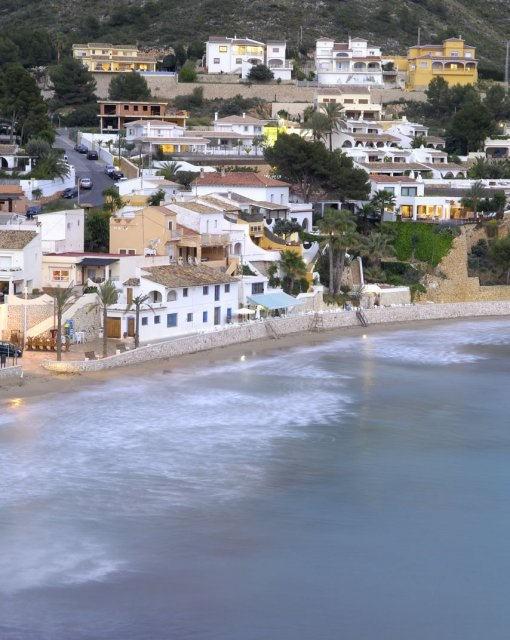 costa blanca moraira orilla del pueblo pesquero