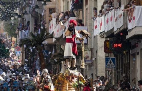 COSTA BLANCA MOROS Y CRISTIANOS desfiles de figuras
