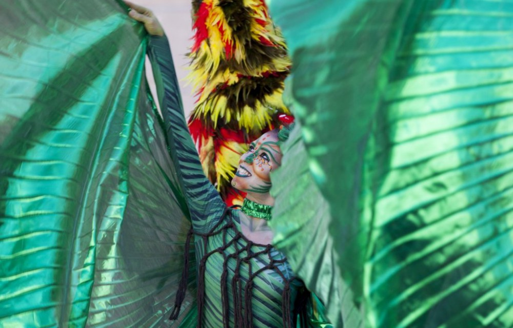 costa blanca moros y cristianos tradicion de alcoy disfraz espectacular