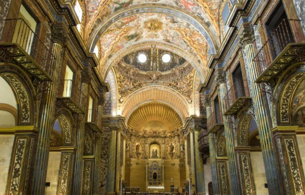 costa blanca orihuela iglesia santo domingo mosaicos y altar